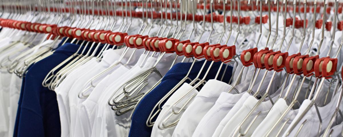 Hängande tvätt hos Berendsen Textile